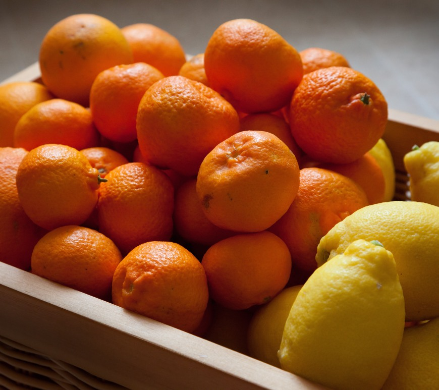 Figure 1. High dosages of vitamin C are selectively toxic to cancer cells and can enhance cancer therapies.