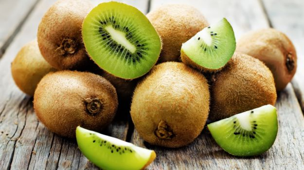 Figure 1. Lutein is a naturally occurring pigment found within foods such as kiwifruits. A study from the University of Illinois at Urbana-Champaign suggests that an intake of lutein can reduce cognitive decline in adults.
