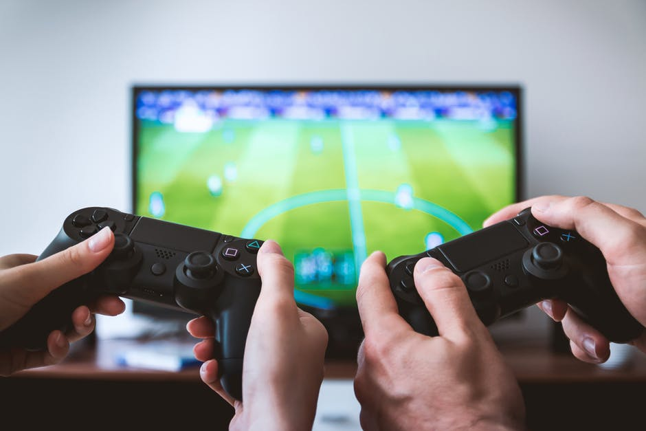 Figure 1. A German study recently revealed that video gamers may have an advantage in learning that non video gamers do not have.