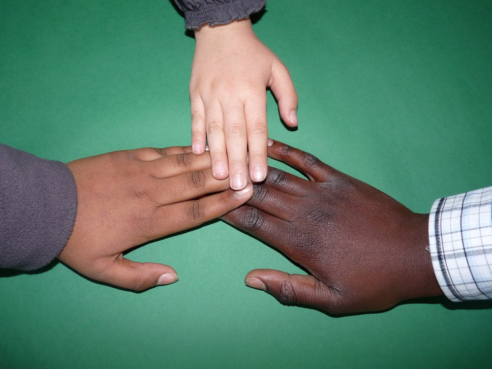 Figure 1. White participants took more time to mentally connect a black hand with a white body schema.